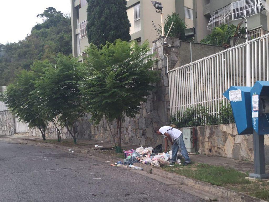 venezuela-nicolas_maduro-hugo_chavez-abastecimiento_de_agua-psc-grandes_historias_182243526_24398150_1706x1280